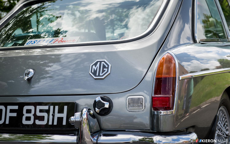 MG GT - Back