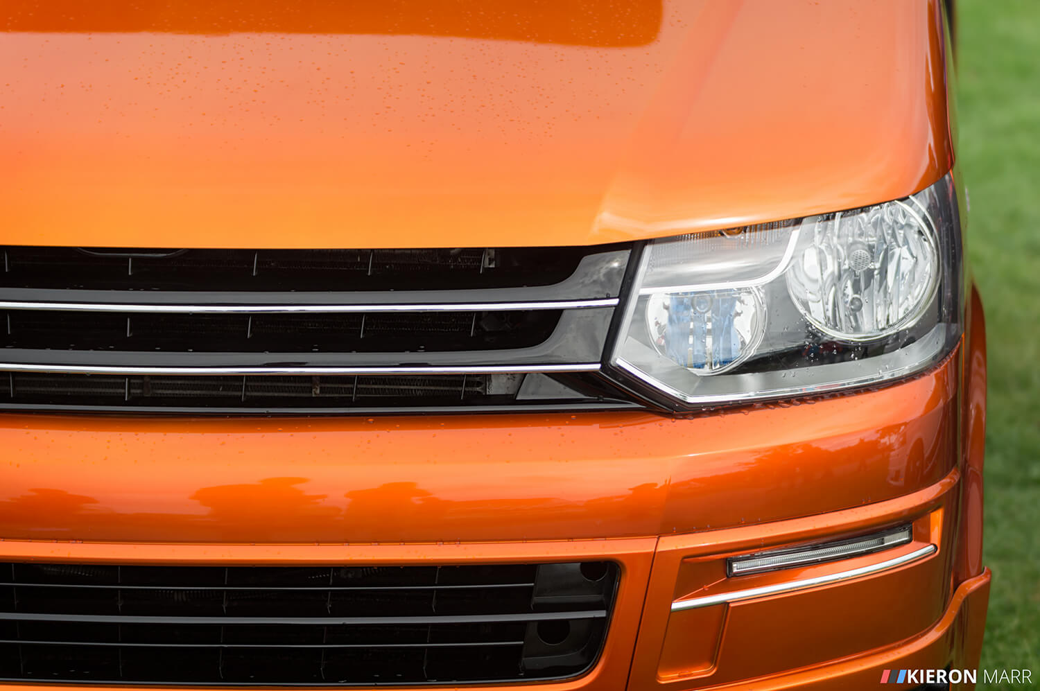 Volkswagen Transporter - Orange